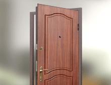 металлически двери город
