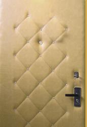 Обшивка двери кожзамом